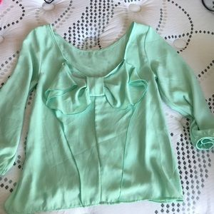 Tops - NWOT Mint Bow Back Blouse